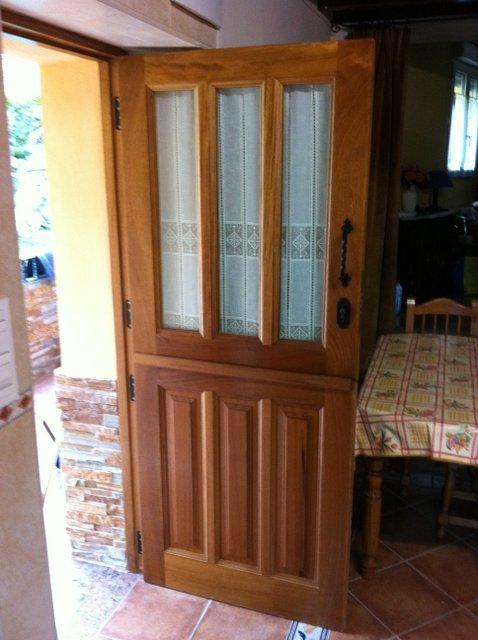 Puertas de entrada for Puertas de entrada con cristal