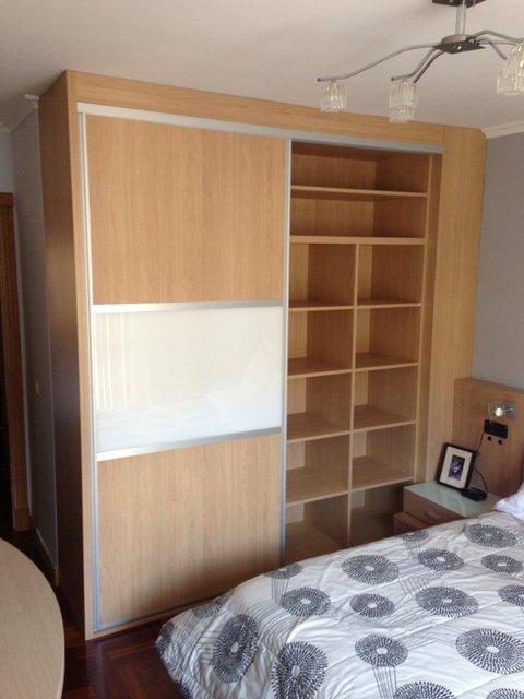 armario empotrado puertas de correderas roble,cristal y interior