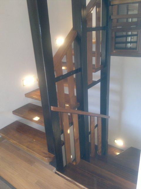 Escaleras for Como hacer escaleras de hierro con descanso