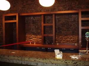 mueble empotrado para bar club pub